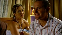 Steph Scully, Charlie Hoyland, Max Hoyland in Neighbours Episode 4975
