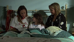 Sonya Mitchell, Nell Rebecchi, Steph Scully in Neighbours Episode 7601