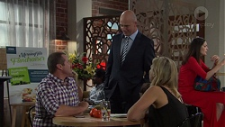 Toadie Rebecchi, Tim Collins, Steph Scully in Neighbours Episode 7601