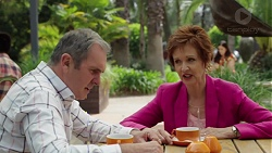 Karl Kennedy, Susan Kennedy in Neighbours Episode 7604