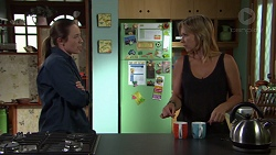 Sonya Mitchell, Steph Scully in Neighbours Episode 7606