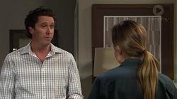 Phillip Hedgeman, Sonya Mitchell in Neighbours Episode 7607