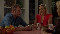 Gary Canning, Brooke Butler, Sheila Canning in Neighbours Episode 7609