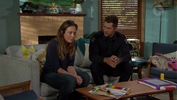 Sonya Mitchell, Mark Brennan in Neighbours Episode 7610