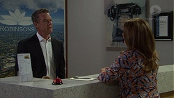 Paul Robinson, Terese Willis in Neighbours Episode 7610