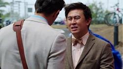 Finn Kelly, Donald Cheng in Neighbours Episode 7616