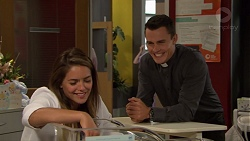 Paige Novak, Jack Callaghan in Neighbours Episode 7618