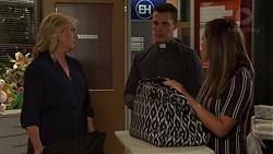 Lauren Turner, Jack Callaghan, Paige Novak in Neighbours Episode 7618