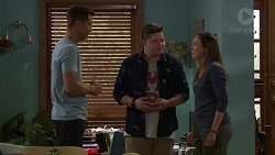 Mark Brennan, Callum Jones, Sonya Mitchell in Neighbours Episode 7621