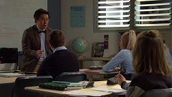 Donald Cheng, Piper Willis in Neighbours Episode 7621
