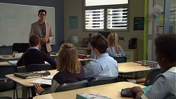 Finn Kelly, Piper Willis, Ben Kirk in Neighbours Episode 7621