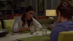 Elly Conway, Susan Kennedy in Neighbours Episode 7623