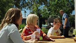 Amy Williams, Sheila Canning, Jimmy Williams, Gary Canning in Neighbours Episode 7624