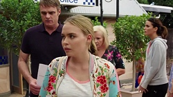 Gary Canning, Xanthe Canning, Sheila Canning, Elly Conway in Neighbours Episode 7628