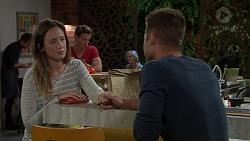 Sonya Rebecchi, Mark Brennan in Neighbours Episode 7628