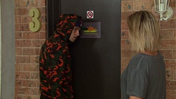 Jamie Hyatt, Steph Scully in Neighbours Episode 7632