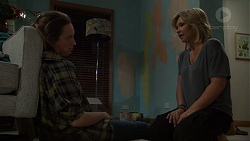 Sonya Mitchell, Steph Scully in Neighbours Episode 7632