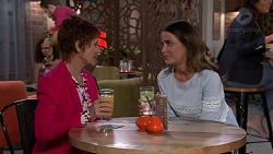 Susan Kennedy, Elly Conway in Neighbours Episode 7633