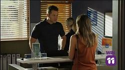 Mark Brennan, Paige Novak in Neighbours Episode 7636