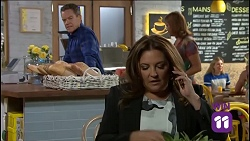 Paul Robinson, Terese Willis in Neighbours Episode 7636