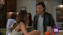 Elly Conway, Leo Tanaka in Neighbours Episode 7636