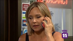Steph Scully in Neighbours Episode 7638