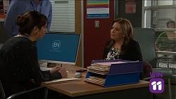 Dr Harriet Barnes, Terese Willis in Neighbours Episode 7641