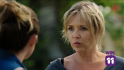Sonya Mitchell, Steph Scully in Neighbours Episode 7641