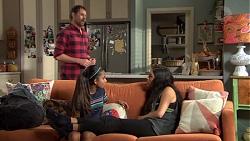 Shane Rebecchi, Kirsha Rebecchi, Yashvi Rebecchi in Neighbours Episode 7643