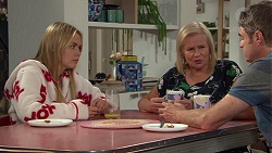 Xanthe Canning, Sheila Canning, Gary Canning in Neighbours Episode 7647