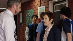 Wayne Baxter, Susan Kennedy in Neighbours Episode 7647