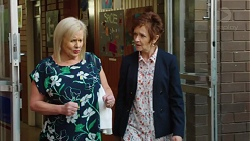 Sheila Canning, Susan Kennedy in Neighbours Episode 7648