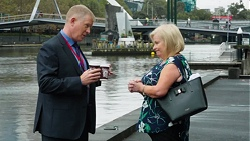 Clive Gibbons, Sheila Canning in Neighbours Episode 7648