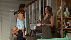 Elly Conway, Paige Smith in Neighbours Episode 7651