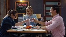 Sonya Mitchell, Steph Scully, Jack Callaghan in Neighbours Episode 7655