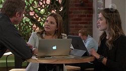 Gary Canning, Terese Willis, Paige Novak in Neighbours Episode 7656
