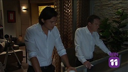 Leo Tanaka, Paul Robinson in Neighbours Episode 7663