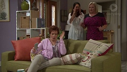 Susan Kennedy, Dipi Rebecchi, Sheila Canning in Neighbours Episode 7665