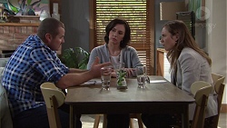 Toadie Rebecchi, Cate Bickford, Sonya Mitchell in Neighbours Episode 7666