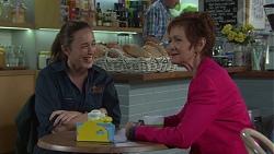 Sonya Mitchell, Susan Kennedy in Neighbours Episode 7669
