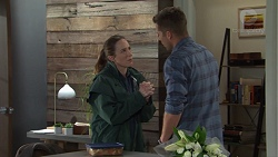 Sonya Mitchell, Mark Brennan in Neighbours Episode 7669
