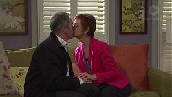 Karl Kennedy, Susan Kennedy in Neighbours Episode 7669