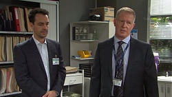 Nick Petrides, Clive Gibbons in Neighbours Episode 7670