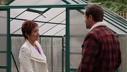 Susan Kennedy, Shane Rebecchi in Neighbours Episode 7670