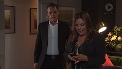 Paul Robinson, Terese Willis in Neighbours Episode 7672