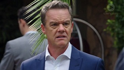 Paul Robinson in Neighbours Episode 7672