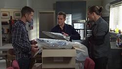 Macca, Aaron Brennan, Tyler Brennan in Neighbours Episode 7673