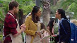 Shane Rebecchi, Dipi Rebecchi, Yashvi Rebecchi in Neighbours Episode 7673