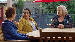 Susan Kennedy, Dipi Rebecchi, Sheila Canning in Neighbours Episode 7674