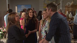 Terese Willis, Sheila Canning, Paige Novak, Xanthe Canning, Gary Canning in Neighbours Episode 7677